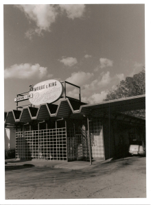 Moore & King Pharmacy, Brainerd Road, Chattanooga. 2010. Silver print.